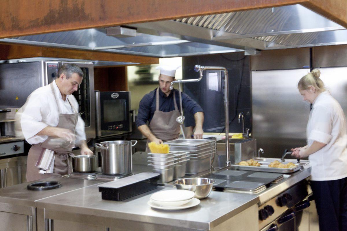 厨房の洗浄のイメージ